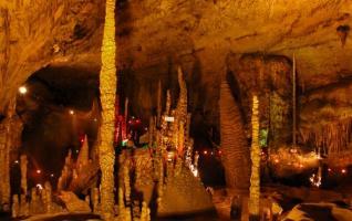 Zhangjiajie Sangzhi Jiutian Cave