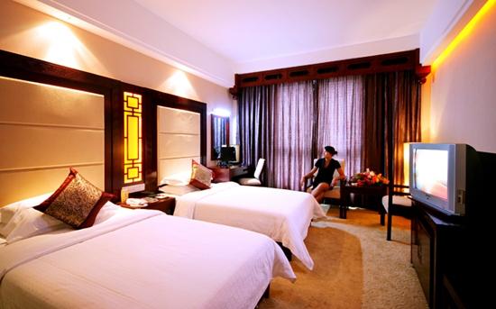 Phoenix Grand Hotel2