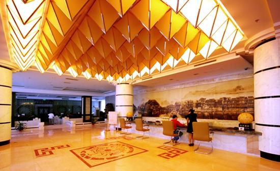 Phoenix Grand Hotel4