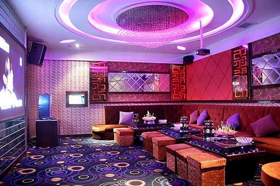Phoenix Grand Hotel5