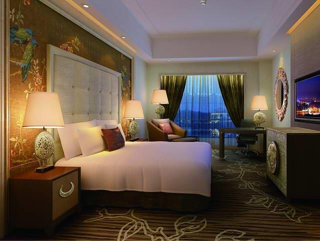 Sunshine Hotel2