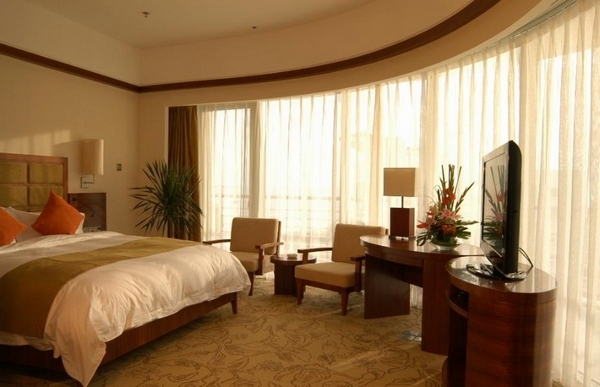 Sunshine Hotel5