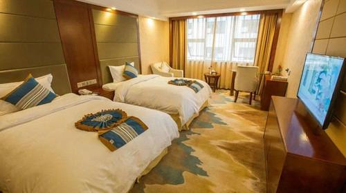 Tianlun Hotel1