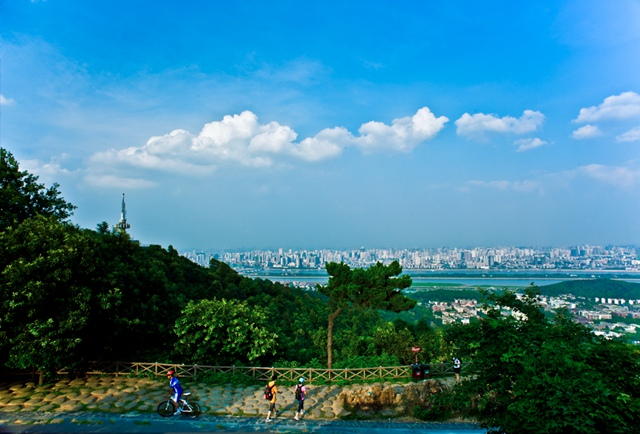 Yuelu Mountain1