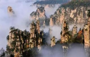 Tianzishan ≠ Tianmenshan, Glass bridge ≠ Glass plank road