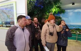 Chinese,Russian,Mongolian Experts Survey Cranes in Yueyang